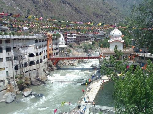 Kullu Manali Tour Package 4 Days / 3 Nights